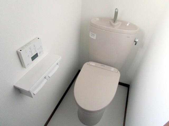 2階トイレ 施工後